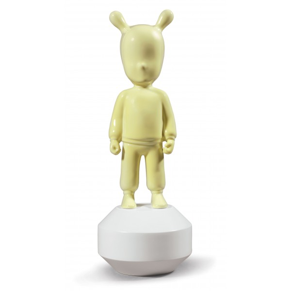 Lladro The Guest Yellow. Small.